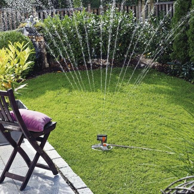 Best Lawn Sprinkler - Gardena ZoomMaxx Oscillating Sprinkler