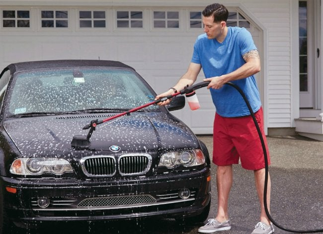 Hyde PivotPro Water Wand Washing a Car