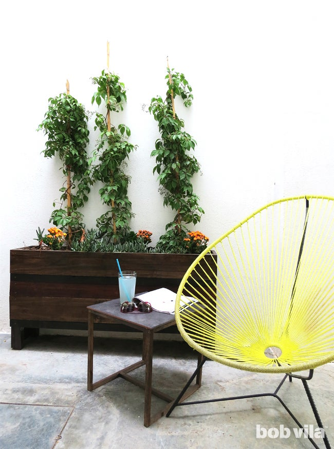 DIY Planter Box - Outdoor Living Room