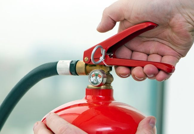 How to Use Fire Extinguishers