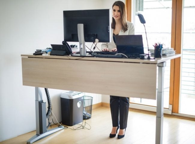 The Best Standing Desk for Offices and Home Offices