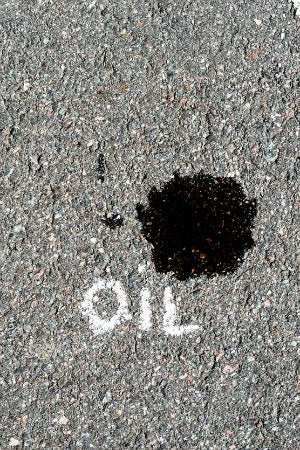 Driveway Cleaning Tips to Remove Oil Spots