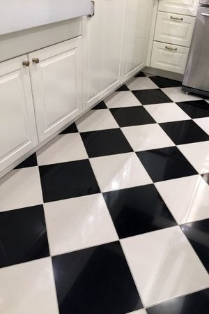 Painting tile floors all you need to know bob vila for Painting vinyl floor tile