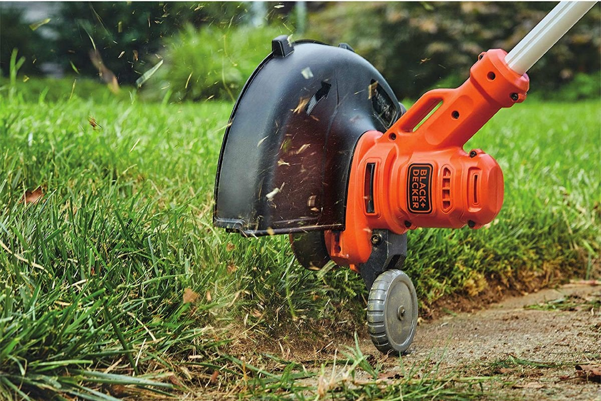 The Best Weed Wacker, According to Consumers | Bob Vila