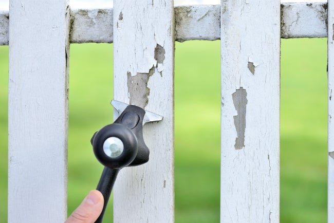 Remove Flaking Paint from Fence with Hyde's x2 Dual Carbide Scraper