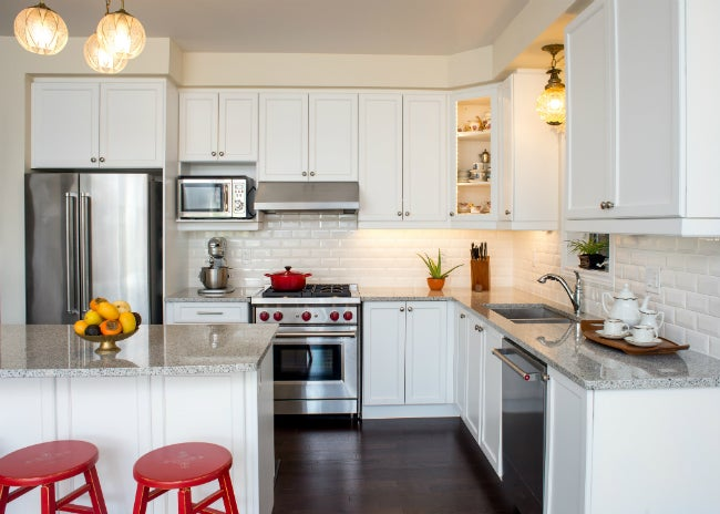 Giving Your Kitchen A Refresh? Follow This Guide To Choosing The Best Paint  For Cabinets.