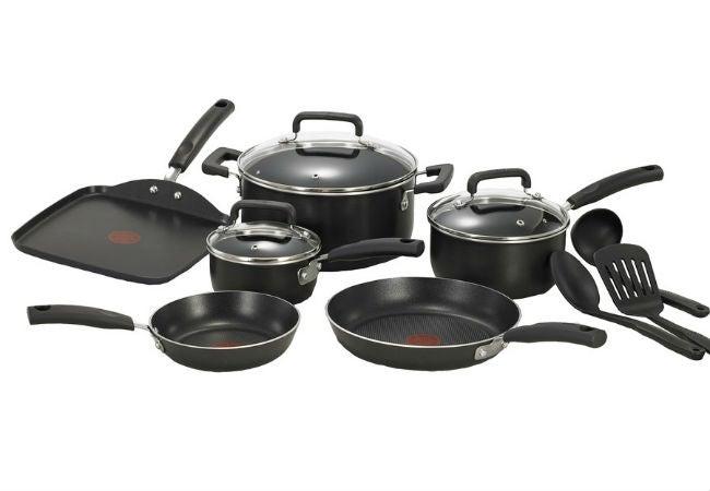 Best Nonstick Cookware - T-Fal's 12-Piece Signature Aluminum Cookware Set