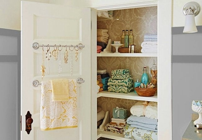 Genial Small Closet Ideas   Repurposed Towels Rods