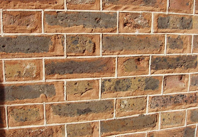 Tuck-pointing, Retaining Walls, Chimney Repair, Monuments ... |Tuck Point Mortar Retaining Wall