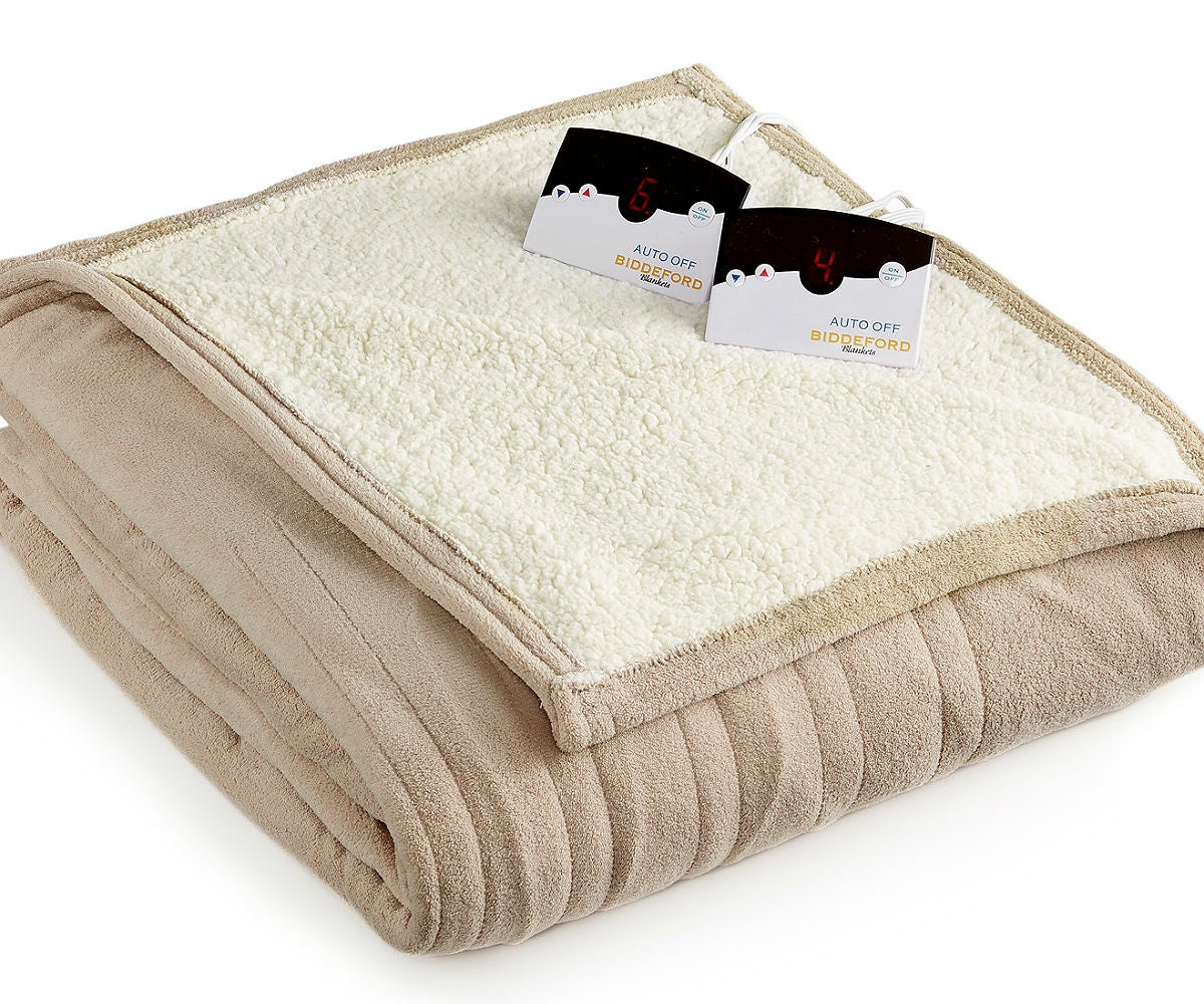 The Best Electric Blanket, According to Consumers: Biddeford Microplush with Sherpa