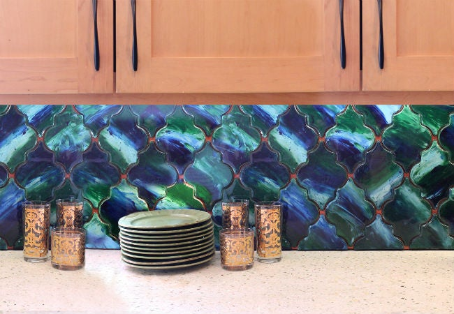 DIY a Removable Backsplash with Wood and Unicorn SPiT