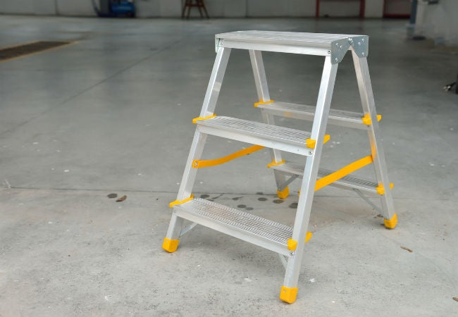 4 Best Ladder Options for Any DIY Job