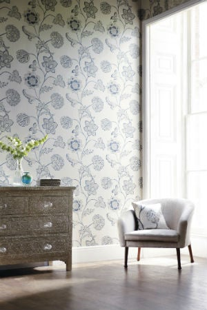 Fabric Wallpaper 101: When, Where, and How to Try This Temporary Wallpaper