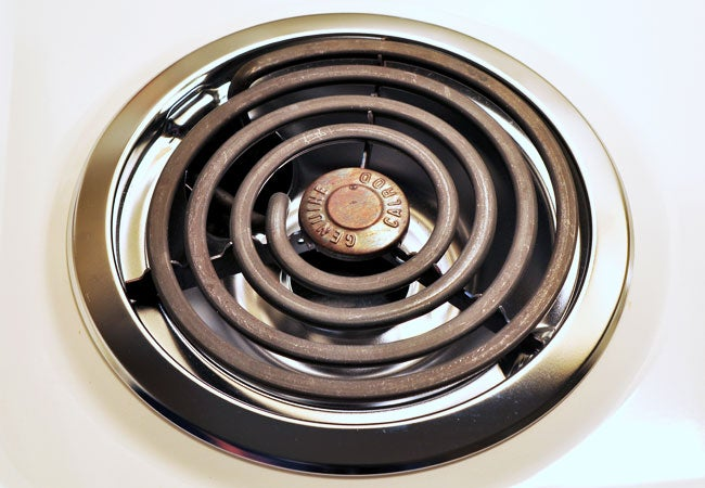 How to Clean Stove Drip Pans