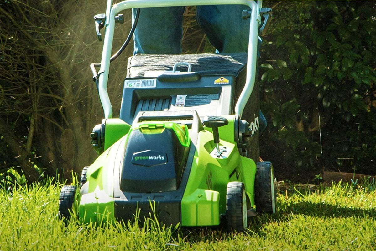 Best Electric Mower for Small Yards: Greenworks 16-Inch Cordless Mower