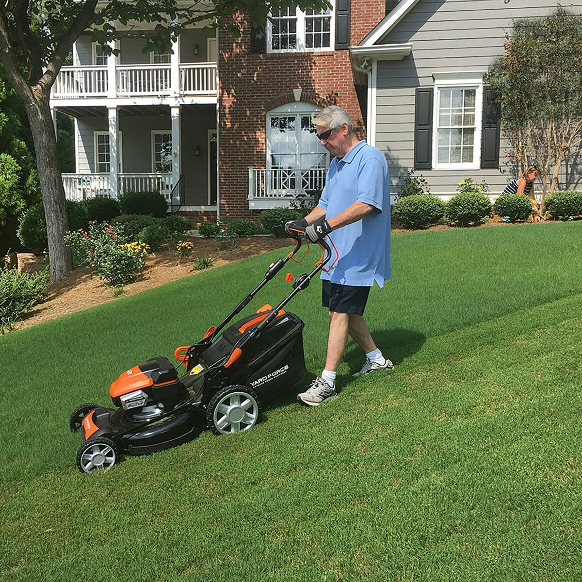 Best Electric Mower for Medium- to Large Yards: YARD FORCE 22-inch Cordless Mower