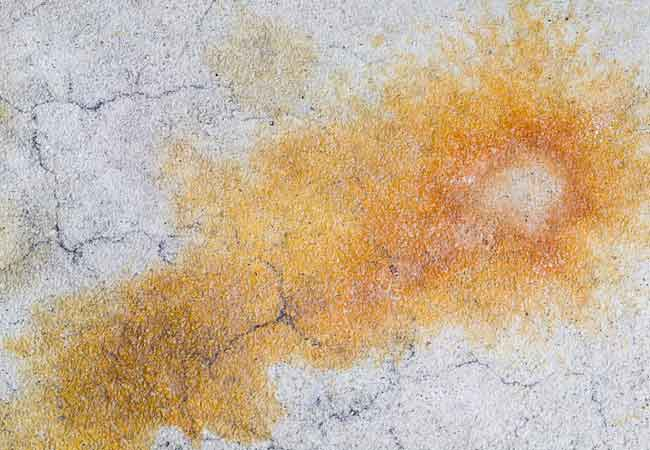 How to Remove Concrete Stains