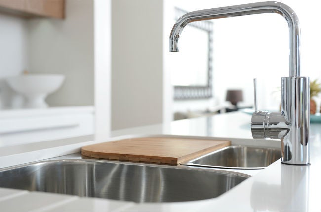 The 7 Best Kitchen Sink Materials