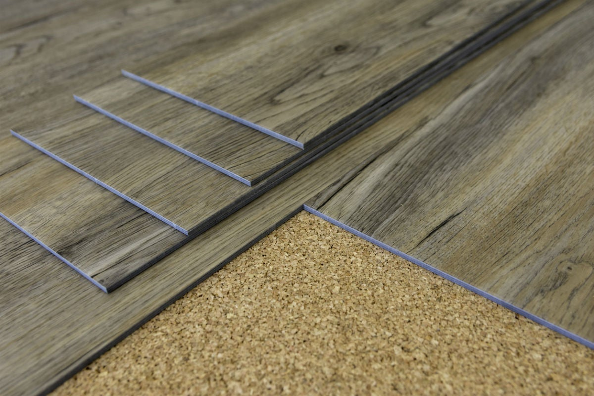 Vinyl Flooring Pros and Cons: Installation