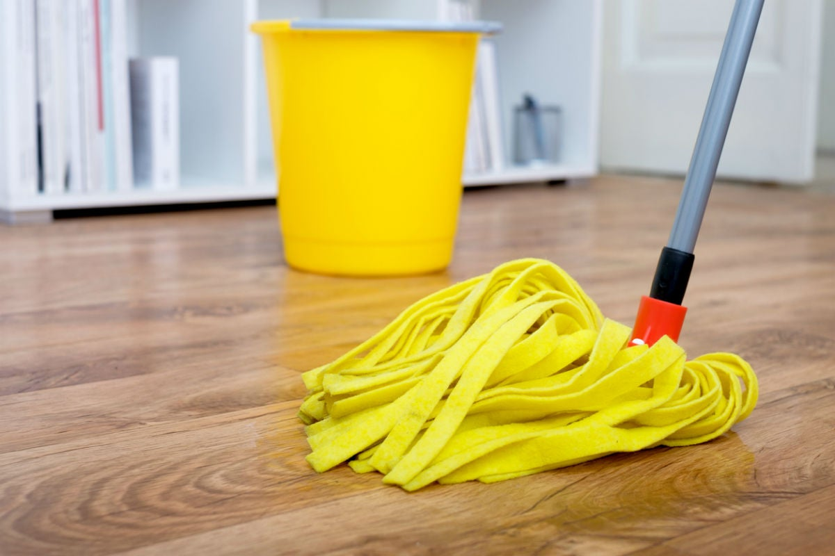 Vinyl Flooring Pros and Cons: Maintenance