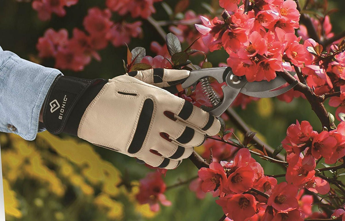 The Best Gardening Gloves: Bionic
