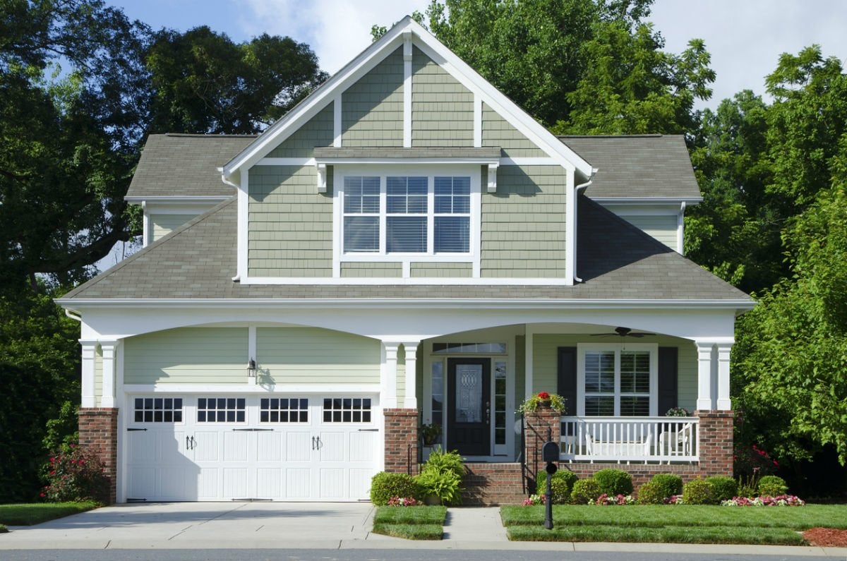 Diagnose Any Garage Door Problem Yourself in Just few Steps