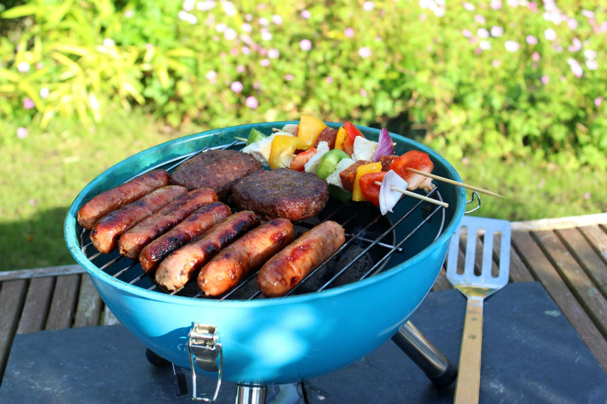 Gas vs. Charcoal Grills: Here's Which Is Your Best Portable Option