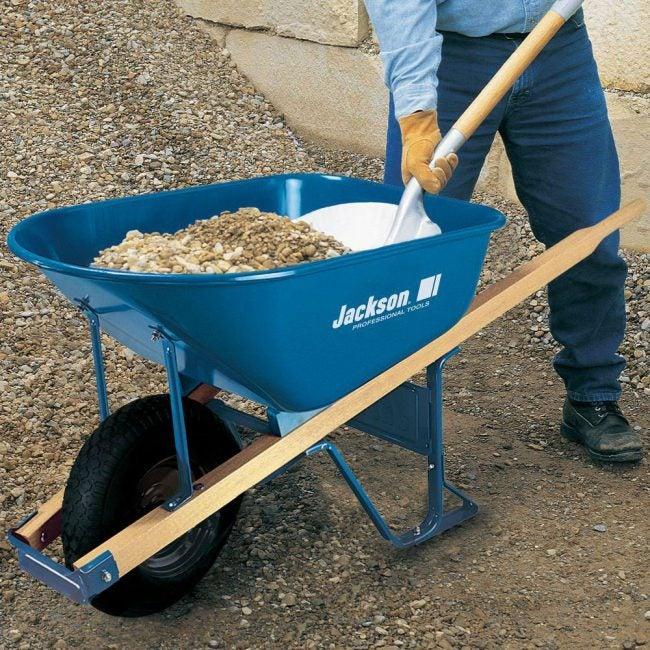 Best Heavy-Duty, Single-Wheel Wheelbarrow: Jackson