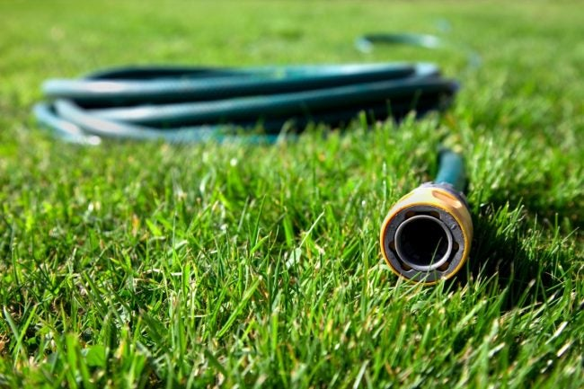 4 Tips for Repairing a Garden Hose