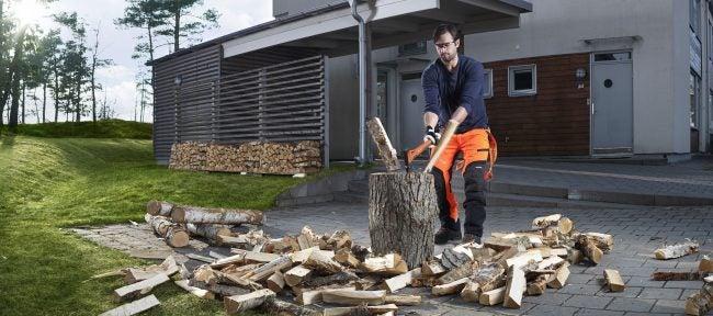 Best Multipurpose Axe for Splitting Wood: Husqvarna