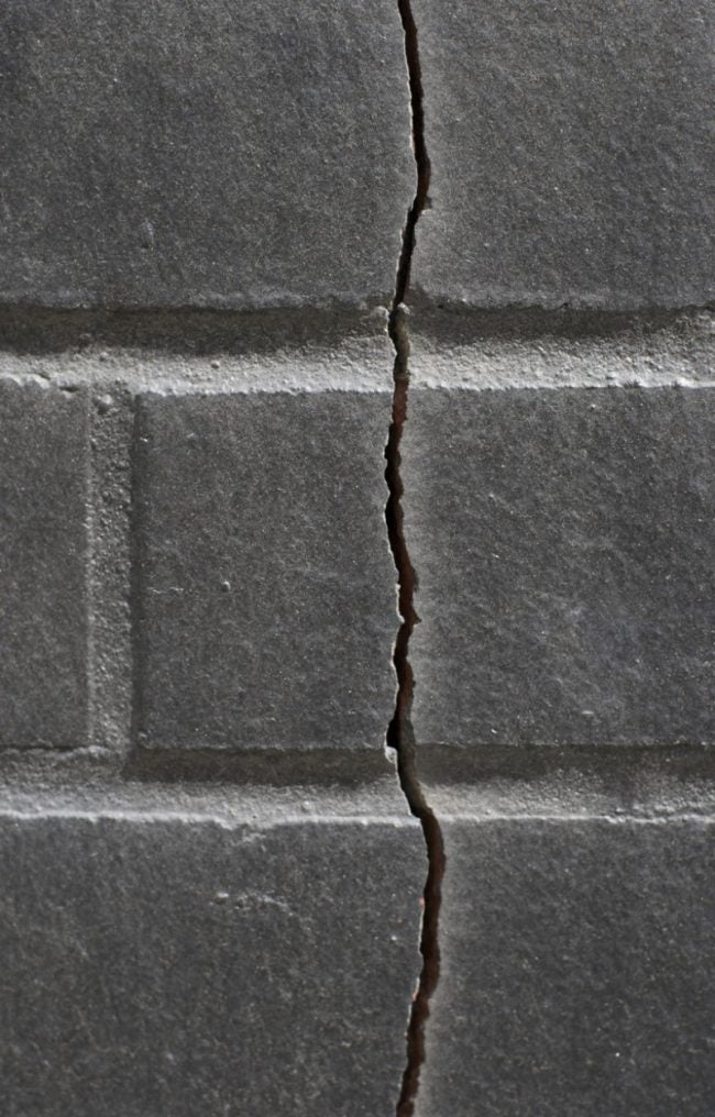 Tips for Repairing a Foundation Crack