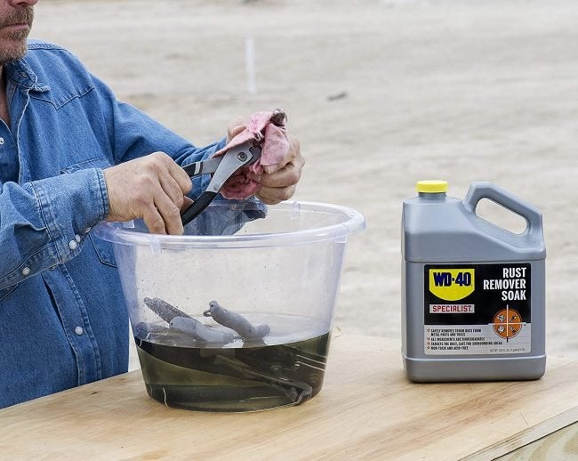 Best Rust Remover for Cars and Outdoor Equipment: WD-40