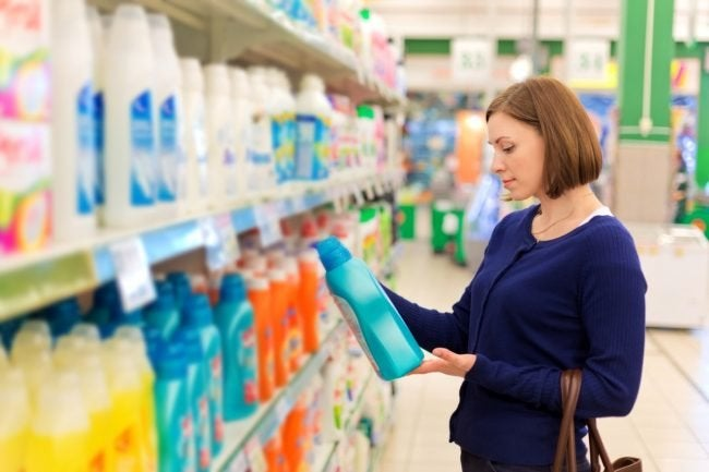 Buying Liquid vs. Powder Detergent