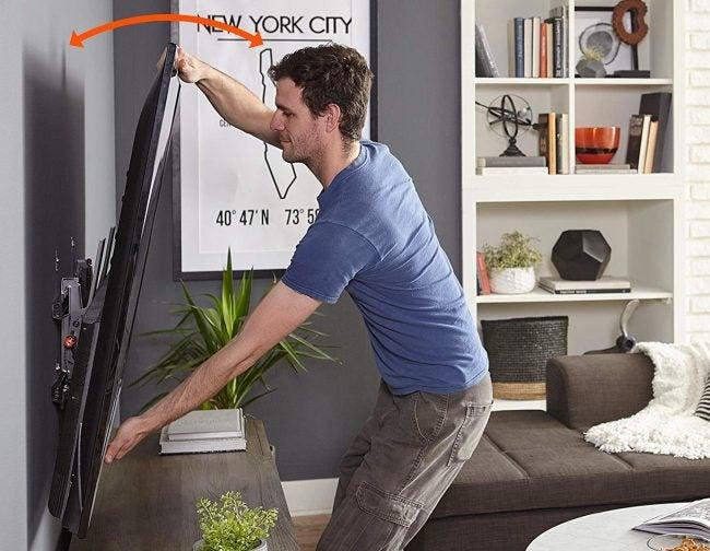 Best TV Wall Mount (Tilting): Echogear