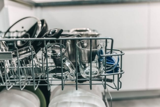 Prevent a Dishwasher from Not Drying Using These 8 Tips