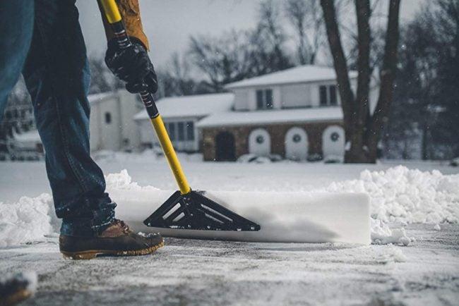 The Best Snow Shovel: J&M