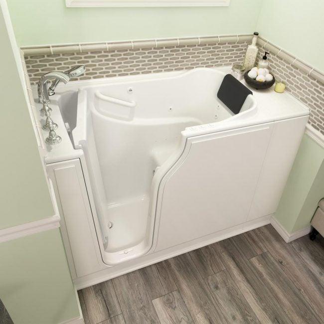 The Average Bathtub Size for a Walk-in Tub