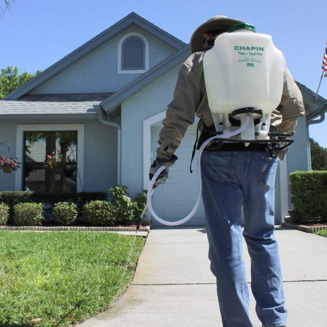The Best Backpack Sprayer Options for Yard Work