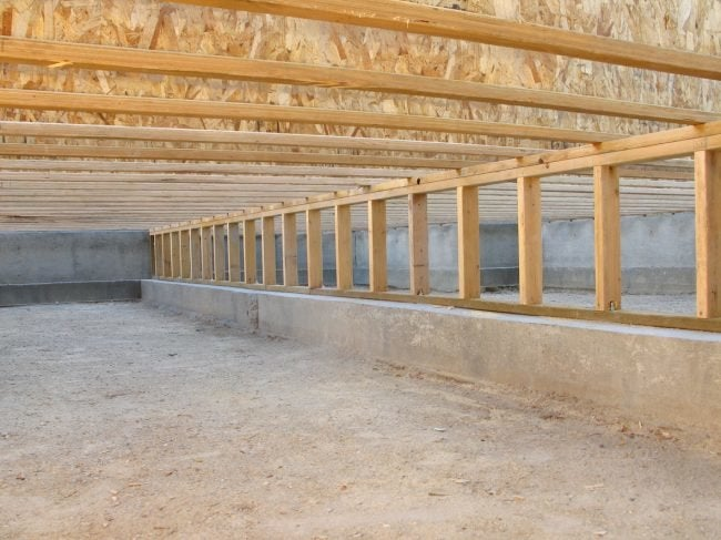Slab vs. Crawl Space Foundations in Dry Climates