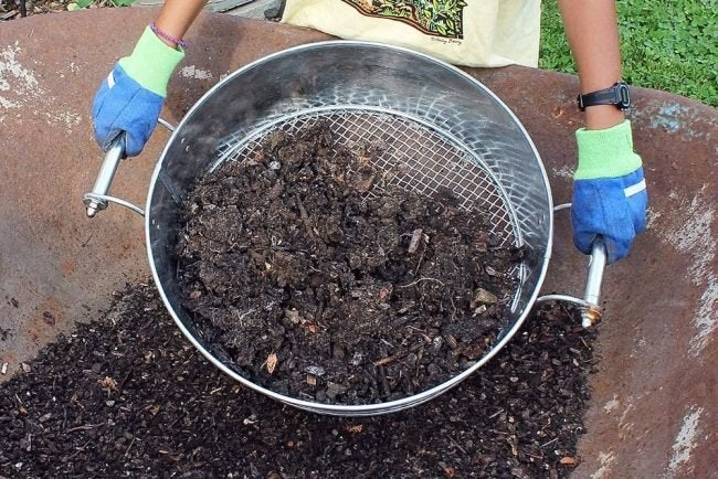 How to Use Compost: Screening