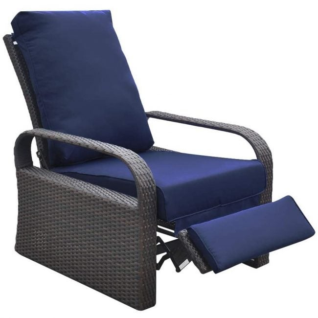 The Best Lounge Chair Options: Arttoreal Outdoor Recliner Chair