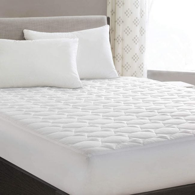 The Best Cooling Mattress Pad Option: HYLEORY Down Alternative Cooling Mattress Pad