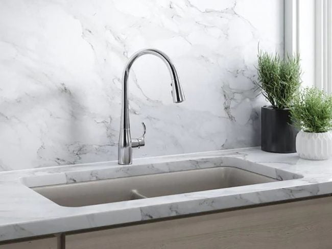 Types of Kitchen Faucets: One-Handle Faucet