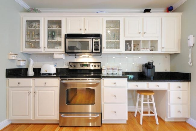6 Things to Know About DIY Cabinet Refacing