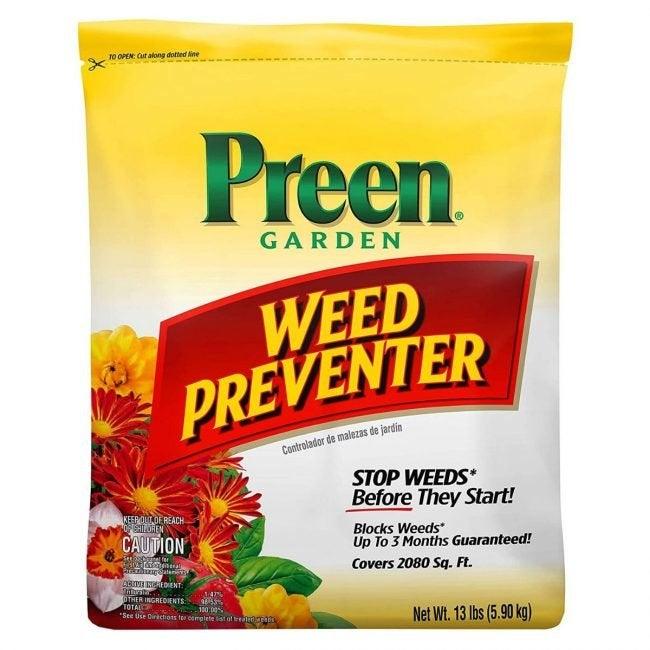 The Best Crabgrass Killer Option: Preen Garden Weed Preventer