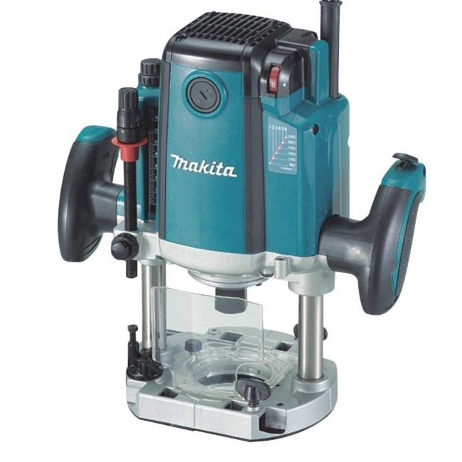 The Best Plunge Router Option: Makita 3-1/4 HP Plunge Router
