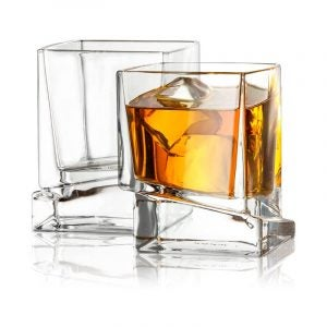 The Best Whiskey Glass Option: JoyJolt Carre Square Scotch GlassesThe Best Whiskey Glass Option: JoyJolt Carre Square Scotch Glasses