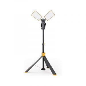 The Best Work Light Option: LUTEC 6290XL 700-Lumen Dual-Head LED Work Light