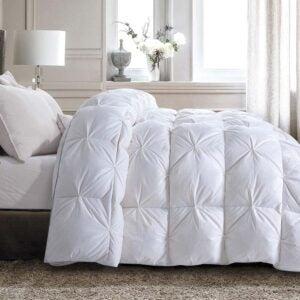 The Best Down Comforter Option: HOMBYS All-Season Goose Down Comforter