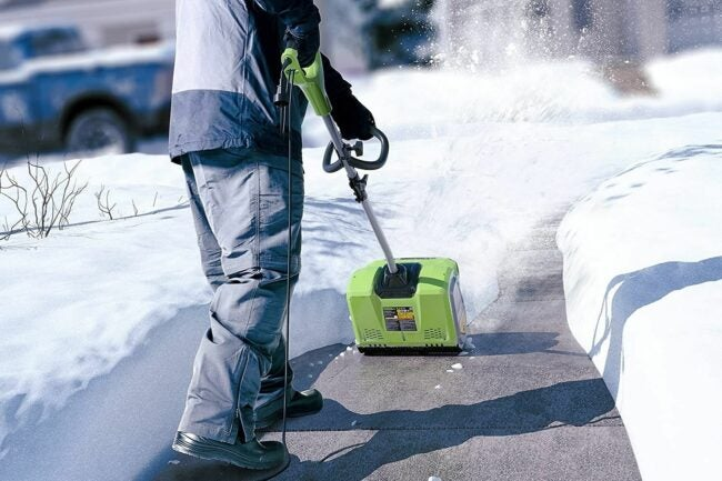 The Best Electric Snow Shovel Option